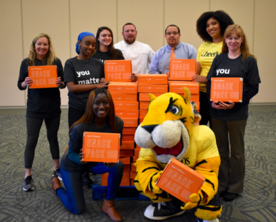 Towson Mascot with Students